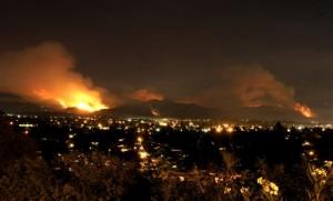 Gambar bencana alam kebakaran hutan hebat di California
