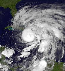 Gambar bencana alam badai Sandy dari satelit